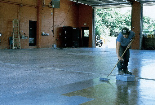 Applying Non Toxic Concrete Sealer