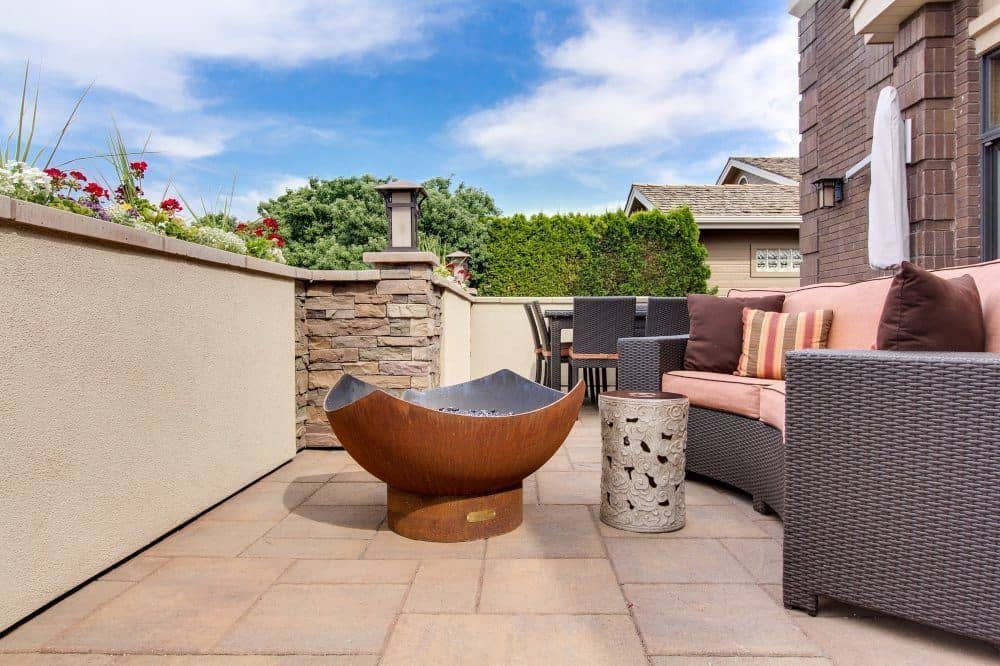 Patio with Earth Tones