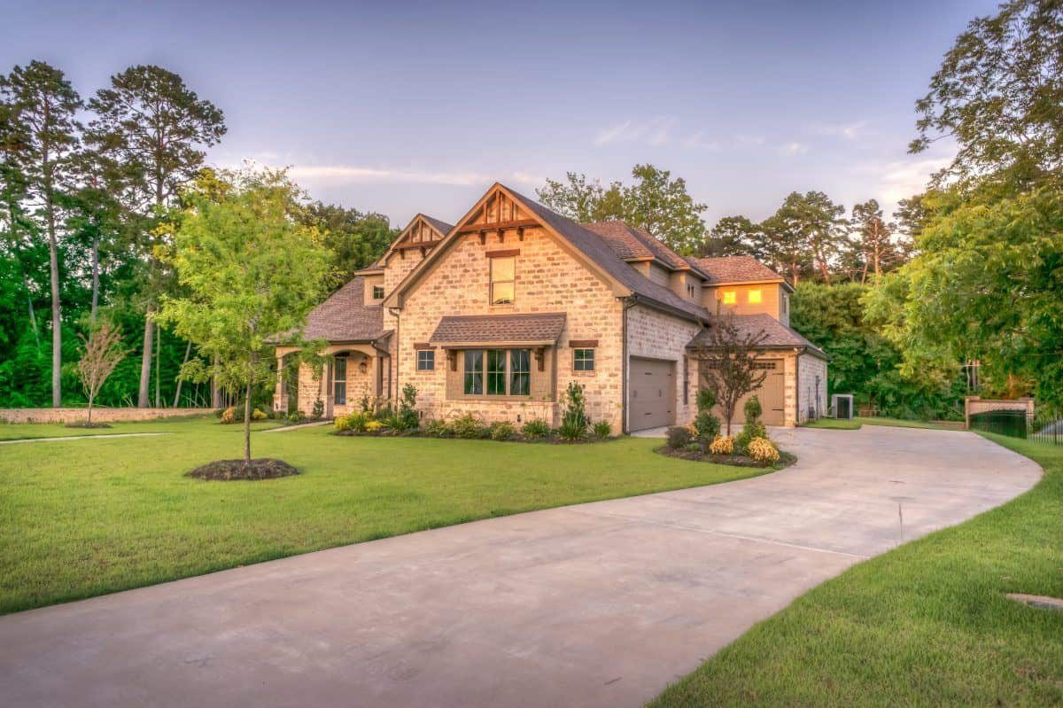 Rustic House with Driveway
